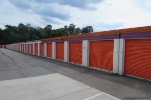 Image of Public Storage - Richmond - 4805 Jefferson Davis Highway Facility on 4805 Jefferson Davis Highway  in Richmond, VA - View 2