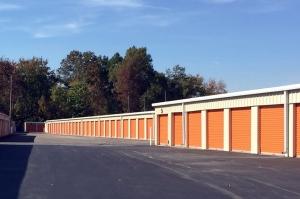 Public Storage - Louisville - 7902 Beulah Church Rd - Photo 2