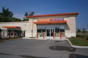 Public Storage - Virginia Beach - 3033 Buckner Blvd - Photo 1