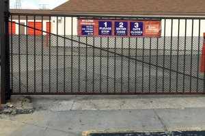 Image of Public Storage - Indianapolis - 4350 S East Street Facility on 4350 S East Street  in Indianapolis, IN - View 4