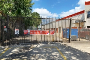 Public Storage - New Orleans - 3440 S Carrollton Ave - Photo 4