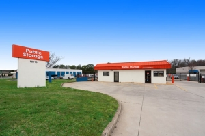 Image of Public Storage - Richmond - 10110 Midlothian Tpke Facility at 10110 Midlothian Tpke  Richmond, VA