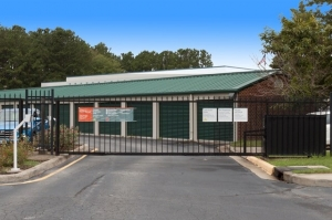 Image of Public Storage - Chesapeake - 1112 Battlefield Blvd S Facility on 1112 Battlefield Blvd S  in Chesapeake, VA - View 4