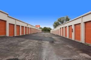 Public Storage - Omaha - 6425 S 86th Street - Photo 2