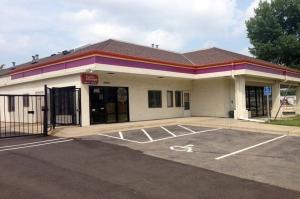 Image of Public Storage - Burnsville - 2000 Old County Rd, 34th Place Facility at 2000 Old County Rd, 34th Place  Burnsville, MN