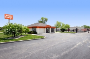 Image of Public Storage - Alsip - 4849 W 115th Street Facility at 4849 W 115th Street  Alsip, IL