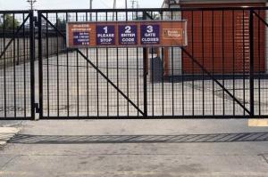 Public Storage - River Grove - 1700 North 5th Ave - Photo 4