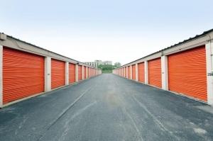 Public Storage - River Grove - 1700 North 5th Ave - Photo 2