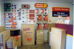 Image of Public Storage - Alexandria - 7501 Fordson Road Facility on 7501 Fordson Road  in Alexandria, VA - View 3