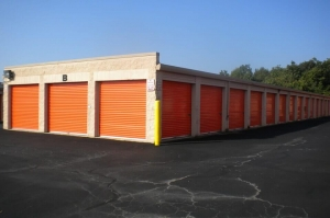 Image of Public Storage - Woodbridge - 13798 Telegraph Rd Facility on 13798 Telegraph Rd  in Woodbridge, VA - View 2