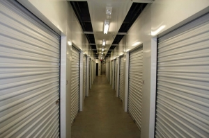 Public Storage - Alexandria - 370 Holland Lane - Photo 2