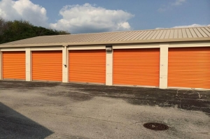 Image of Public Storage - Indianapolis - 6940 Shore Terrace Drive Facility on 6940 Shore Terrace Drive  in Indianapolis, IN - View 2