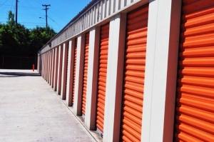 Image of Public Storage - Hixson - 5301 Hixson Pike Facility on 5301 Hixson Pike  in Hixson, TN - View 2