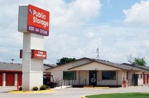 Image of Public Storage - Oklahoma City - 8012 S Santa Fe Facility at 8012 S Santa Fe  Oklahoma City, OK