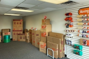 Image of Public Storage - Metairie - 2930 Clearview Pkwy Facility on 2930 Clearview Pkwy  in Metairie, LA - View 3