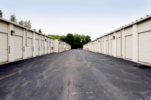 Image of Public Storage - Merrillville - 8230 Broadway Facility on 8230 Broadway  in Merrillville, IN - View 2