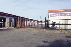Image of Public Storage - Chicago - 5838 N Pulaski Road Facility on 5838 N Pulaski Road  in Chicago, IL - View 4