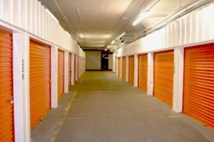 Image of Public Storage - St Louis - 11 N Vandeventer Ave Facility on 11 N Vandeventer Ave  in St Louis, MO - View 2