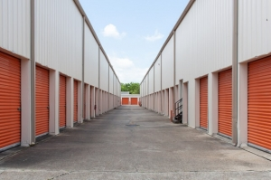 Picture of Public Storage - New Orleans - 3900 Tchoupitoulas Street