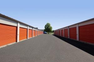 Image of Public Storage - Geneva - 2324 Gary Lane Facility on 2324 Gary Lane  in Geneva, IL - View 2