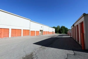 Public Storage - Carpentersville - 243 North Western Ave - Photo 2