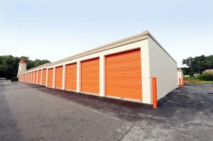 Image of Public Storage - Alsip - 5200 W 127th Street Facility on 5200 W 127th Street  in Alsip, IL - View 2