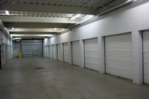 Image of Public Storage - Excelsior - 19545 Highway 7 Facility on 19545 Highway 7  in Excelsior, MN - View 2