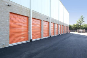 Image of Public Storage - Glendale Heights - 2023 Schmale Rd Facility on 2023 Schmale Rd  in Glendale Heights, IL - View 2