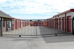 Image of Public Storage - Oklahoma City - 9720 SW 15th St Facility on 9720 SW 15th St  in Oklahoma City, OK - View 4