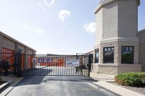 Image of Public Storage - Hillside - 222 N Mannheim Road Facility on 222 N Mannheim Road  in Hillside, IL - View 4