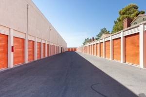Image of Public Storage - Las Vegas - 5925 W Flamingo Rd Facility on 5925 W Flamingo Rd  in Las Vegas, NV - View 2