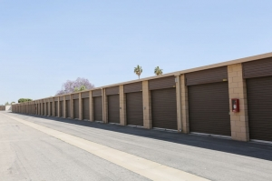 Picture of Public Storage - Long Beach - 2506 Atlantic Ave