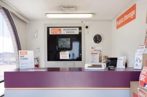 Public Storage - Phoenix - 2421 N Black Canyon Hwy - Photo 3