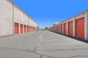 Image of Public Storage - Phoenix - 2421 N Black Canyon Hwy Facility on 2421 N Black Canyon Hwy  in Phoenix, AZ - View 2
