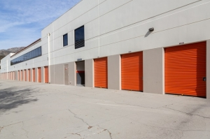 Image of Public Storage - Tujunga - 6400 Foothill Blvd Facility on 6400 Foothill Blvd  in Tujunga, CA - View 2