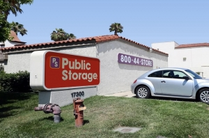 Public Storage - Fountain Valley - 17300 Newhope Street