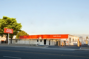 Public Storage - Orange - 601 N Main Street