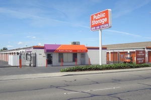 Public Storage - Stockton - 3901 West Ln