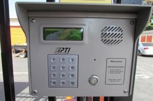Picture 4 of Public Storage - San Jose - 475 Tully Road - FindStorageFast.com