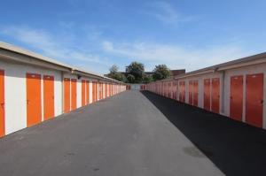 Picture 1 of Public Storage - San Jose - 475 Tully Road - FindStorageFast.com