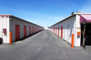 Public Storage - Fresno - 5045 N Gates Ave - Photo 2