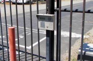 Public Storage - Fresno - 5045 N Gates Ave - Photo 5
