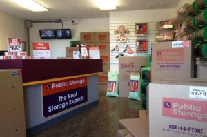 Image of Public Storage - Oakland - 1551 MacArthur Blvd Facility on 1551 MacArthur Blvd  in Oakland, CA - View 3