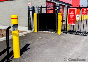 CubeSmart Self Storage - NY Bethpage Stewart - Photo 7