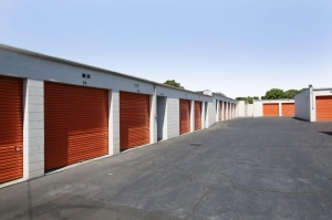 Public Storage - Arleta - 13333 Osborne Street - Photo 2