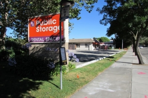 Public Storage - Pleasanton - 2500 Santa Rita Road