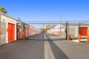 Image of Public Storage - Northridge - 9341 Shirley Ave Facility on 9341 Shirley Ave  in Northridge, CA - View 4