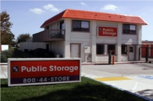 Image of Public Storage - Tracy - 400 W Larch Road Facility at 400 W Larch Road  Tracy, CA