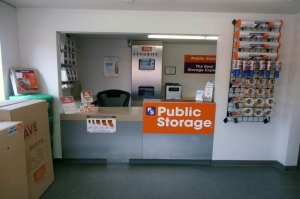 Image of Public Storage - Tracy - 400 W Larch Road Facility on 400 W Larch Road  in Tracy, CA - View 3