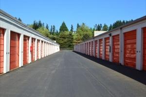 Image of Public Storage - Kirkland - 12425 NE 124th Street Facility on 12425 NE 124th Street  in Kirkland, WA - View 2